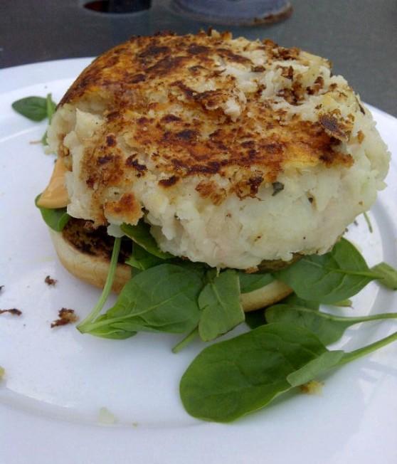 IMG 20140621 00630 e1406633078521 Mostly Lovin: Rachel Khoos Cauliflower Butter Bean Burger