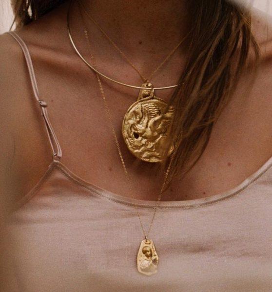https://www.instagram.com/alighieri_jewellery/