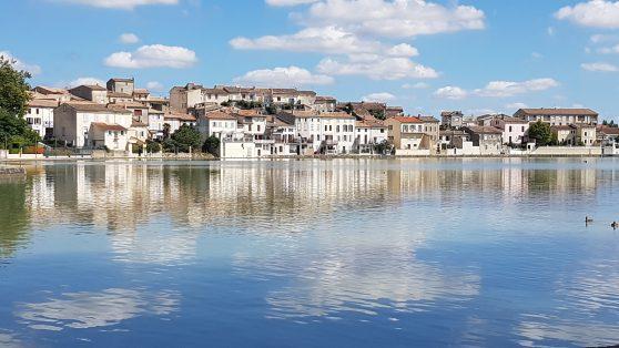 http://www.maisonducassoulet.com/