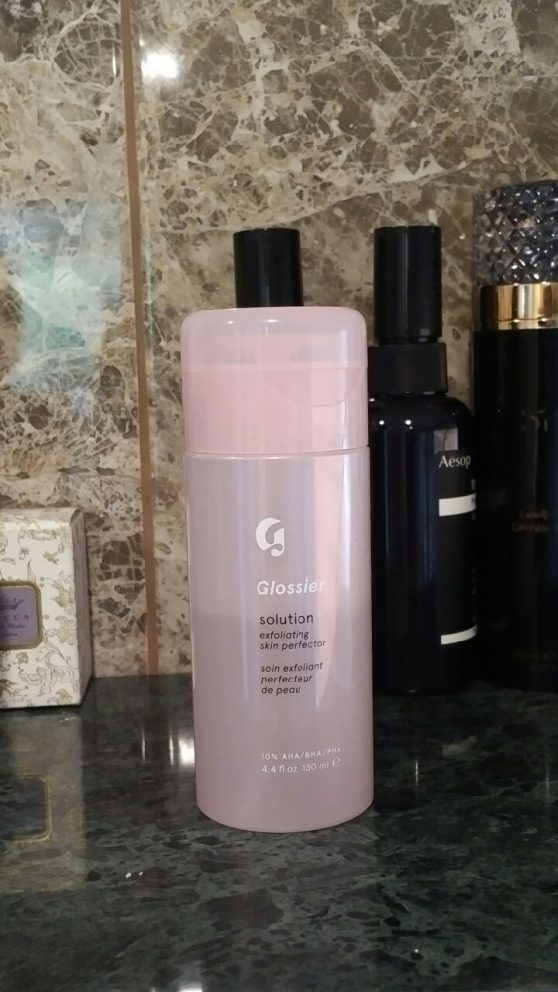 https://www.glossier.com/, https://www.vforveronique.com/mostly-trying-glossier-body-hero-daily-perfecting-cream/